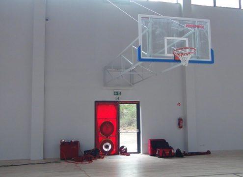 badanie szczelności hali sportowej